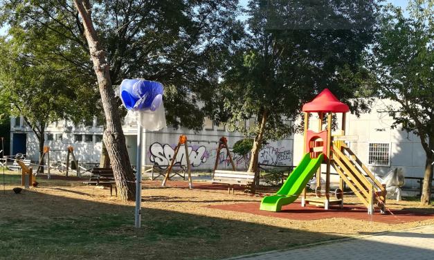 Ponte Felcino ha il suo nuovo parco giochi adatto anche a bambini con disabilità