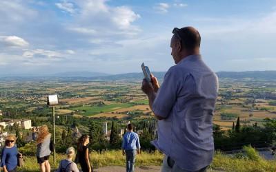 """Turisti-detective alla prova con """"Scopri l'Umbria con un mystery"""""""