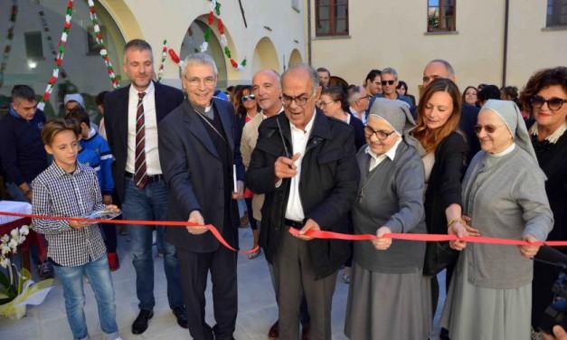 Arredi colorati e tecnologie per l'innovativo centro anziani Residenza San Francesco di Sales