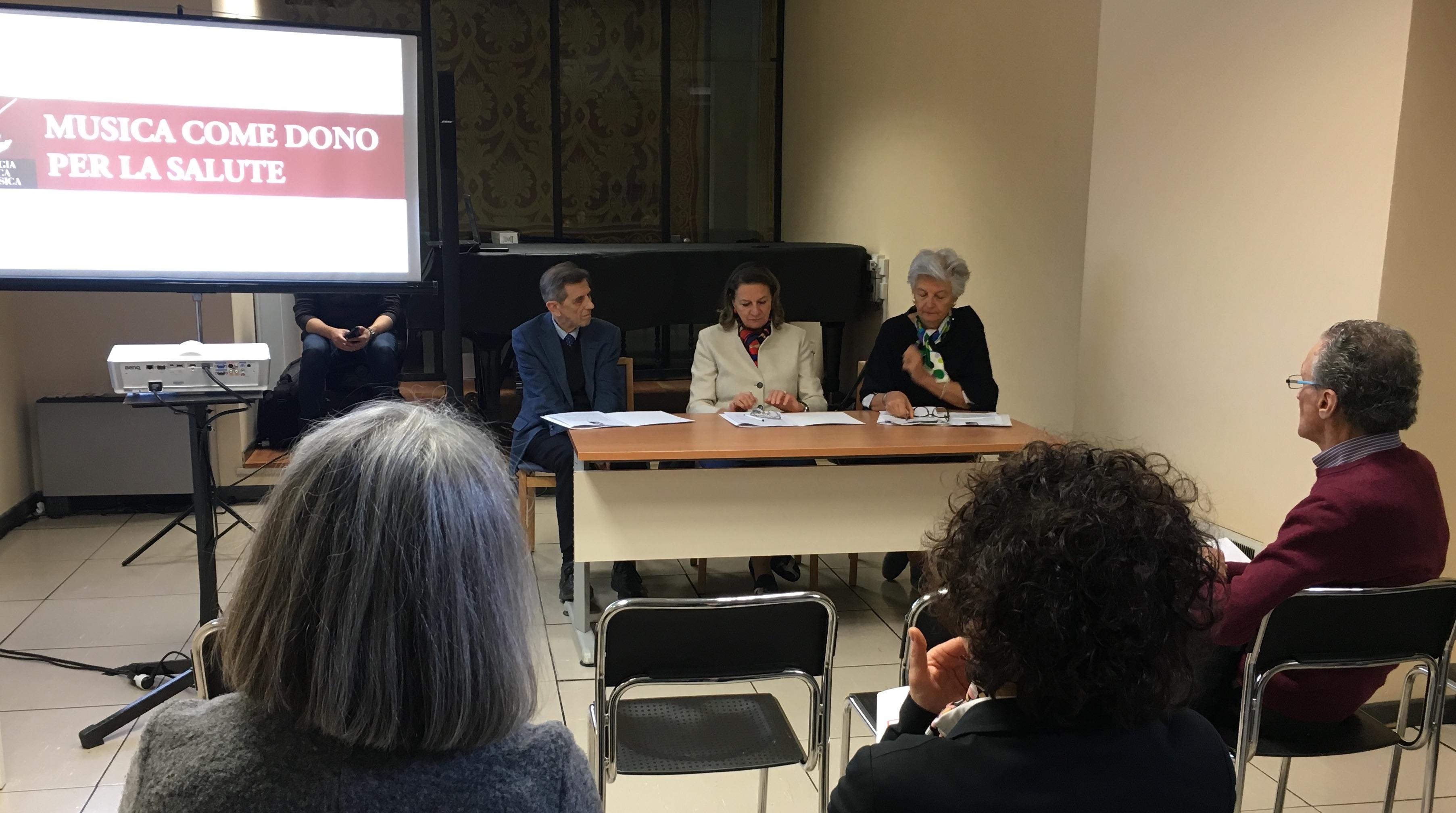 Musica come Dono per la Salute - conf stampa da sx Santeusanio, Calabro, Severini